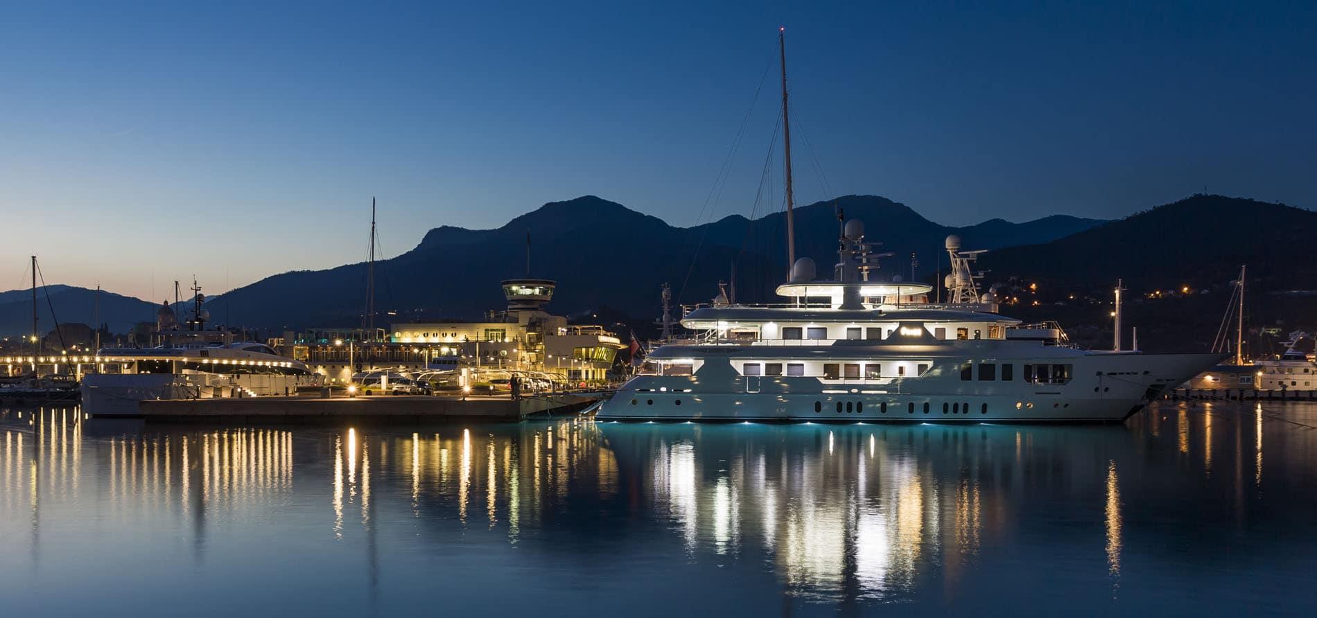 yacht marina liguria